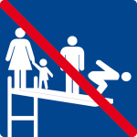 Swimming pool sign - use with several people not allowed