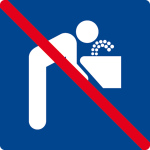 Swimming pool sign - No drinking water